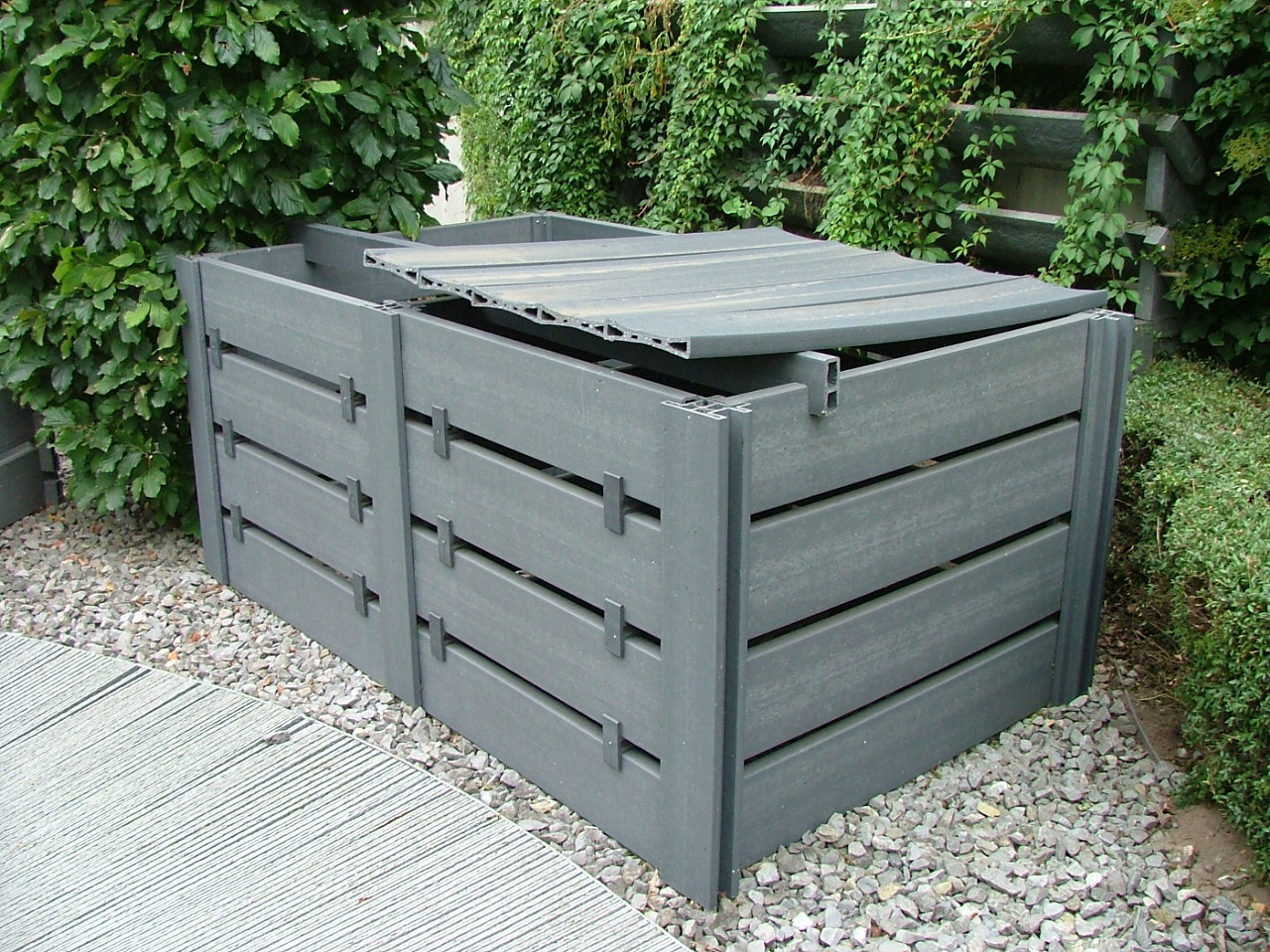 jardisart le magasin composters composteur plastique. Black Bedroom Furniture Sets. Home Design Ideas